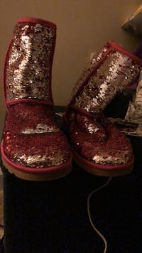 Sparkly ugg boots  Ashburn, 20148