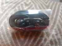 black and red corded headphones Walnut, 91789