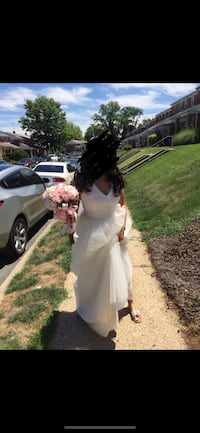 David's bridal bridesmaid dress Ivory size 10 customized tulle skirt w/ embroidered belt Columbia, 21044