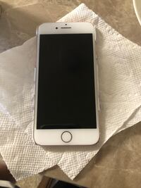 iPhone 7 very good working condition unlocked Fairfax, 22033
