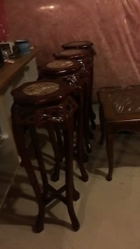 Decorative real wood carved stand I have 4 of them like new give me an offer Brampton, L7A 4M8