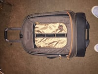 Suit case timberland swivel roll Manassas, 20110