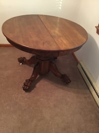 Antique dining table 40 km