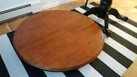 Solid wood pedestal table: built-in leaf, 4 chairs Port Washington