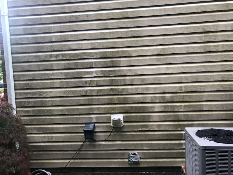 """""""Lee's Pressure Washing"""" Exterior House Cleaning  dd124201-ac85-4105-ae53-3cb382982407"""
