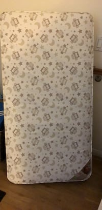 white and gray floral mattress Los Angeles, 91335
