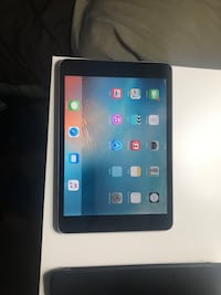 Mini IPad 16 Gb perfect condition with case Silver Spring, 20902