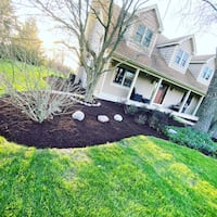 edging and mulch Woodstock