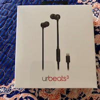 New Unopened Beats Lightning Headphones Baton Rouge, 70806