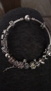 Pandora bracelet for sale does not include charms Port Orange, 32129