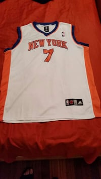 A STITCHED not ironed on Carmelo Anthony size 52,  Goose Creek, 29445