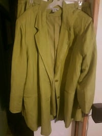 2 pc Suit Jacket and skirt 20Tall Martinsburg, 25403