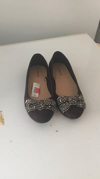 Black flat shoes Hagerstown, 21740