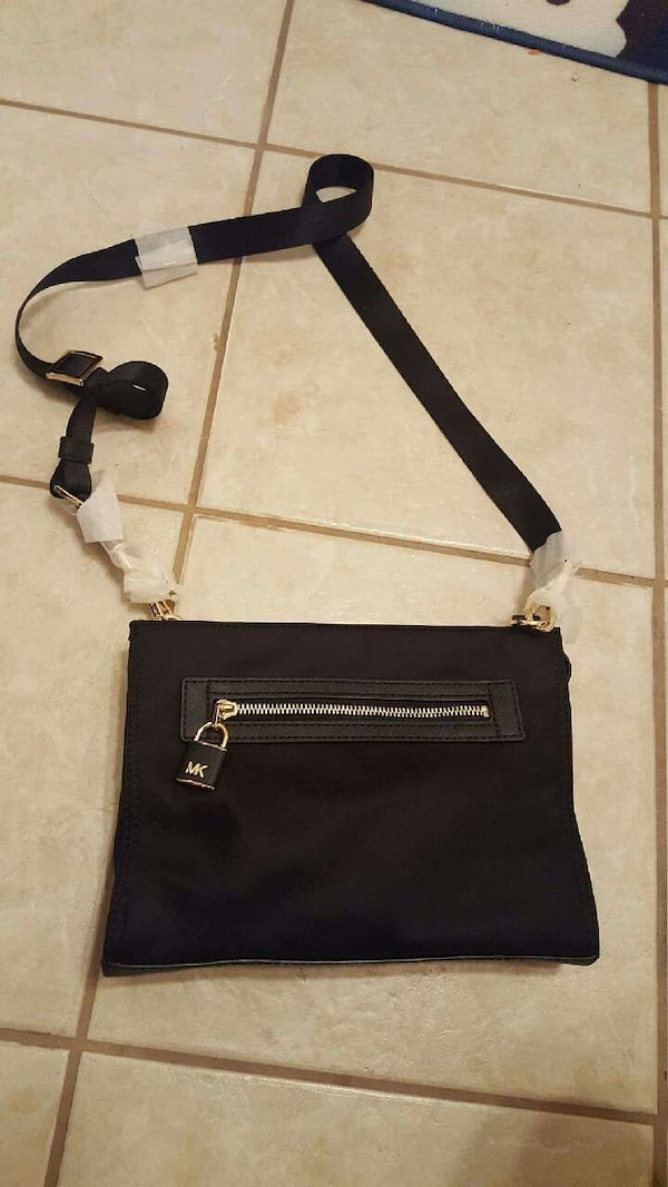 06a388a711be Used Michael kors purse for sale in Odem - letgo
