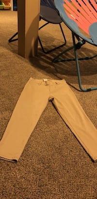 Khaki capris Fairfield, 45014