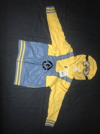 Yellow and blue minion zip-up hoodie nwt 5t Pittsford, 14534