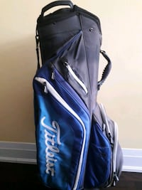 Golf bag titleist