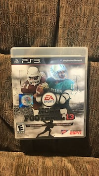 EA sports NCAA Football 13 PS3 game case