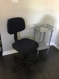 Quality blue office chair. Comfy, height/back adjustable. Delivery St Catharines, L2P 3L2