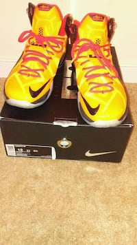 pair of yellow Nike basketball shoes with box Richmond, 23234