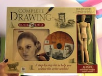 complete drawing book and dvd (only model was used, and only briefly) Fairfield, 94533