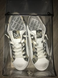 Paire de baskets montantes blanches Star