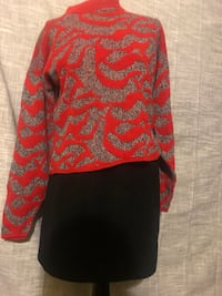 Vintage red crop sweater sz med