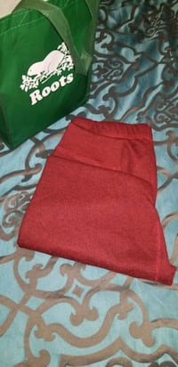 Roots red salt/pepper pants *brand new Mississauga, L5W 1V7