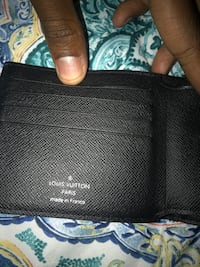 Black leather bi-fold wallet Washington, 20019