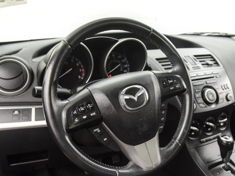 2012 Mazda MAZDA3 sedan i Touring Sedan 4D Gray <br /> fae25a2c-a219-42ac-84bb-27d41fee51e0