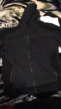 Men's 2xl footlocker zip up Coquitlam, V3B 3H7