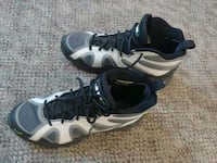 Nike jr. Youth Shoes size 7 PRICE FIRM   62 km