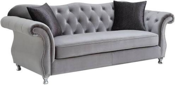 Silver Grey Vintage Luxury Sofa Tufted  with Rhinestones and HardNails