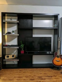 TV Console/ Shelft/ Storage Burnaby, V5G 3J3
