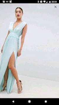Maxi Dress Coquitlam, V3C 4K1