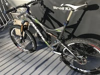 2014 Pivot Mach 5.7 Full Carbon With Enve Wheels XTR Build Vancouver