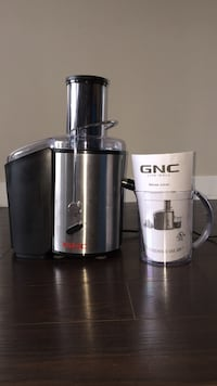 Brand New Juicer: GNC Live Well Deluxe Juicer Coquitlam, V3B 2P7