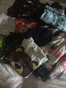 Lot of kids clothing 22 items