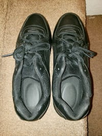 Black leather work shoes Merced