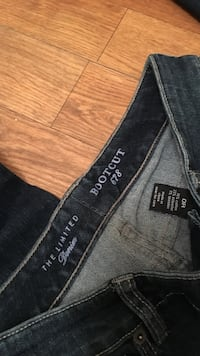 The limited bootcut 678 jeans size 0