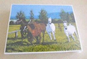 NEW SEALED Puzzles Jigsaw 100 Pieces Horses