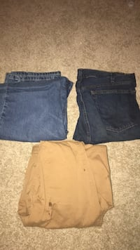Mens pants 38x32 ..20 each but ill do 35 for all 334 mi