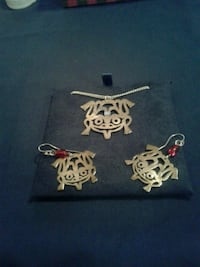 Native silver frog earings and pendant set