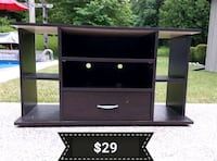 TV Console *Delivery Available* Hamilton, L9H 5N7