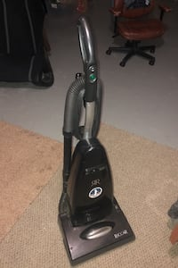 Riccar Vacuum with attachments