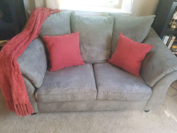 Sensational Used Green Microsuede Couch For Sale In Camas Letgo Pdpeps Interior Chair Design Pdpepsorg