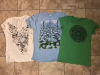 3 ladies shirts M, M, XL Roseville