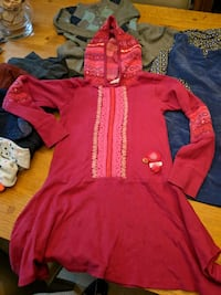 toddler's red and blue hoodie Annandale, 22003