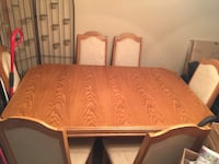 Dining room table with leaf and 6 chairs  Brampton, L6S