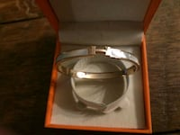 Hermes rose gold Clic bangle with mother of pearl inlay Vancouver, V6P 3H7